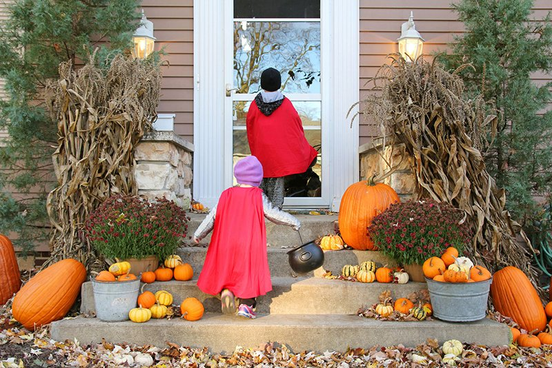 Keep Your Little Monsters Safe This Halloween with These Tips!