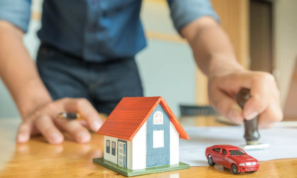 Bundling Your Home And Auto Insurance Policies